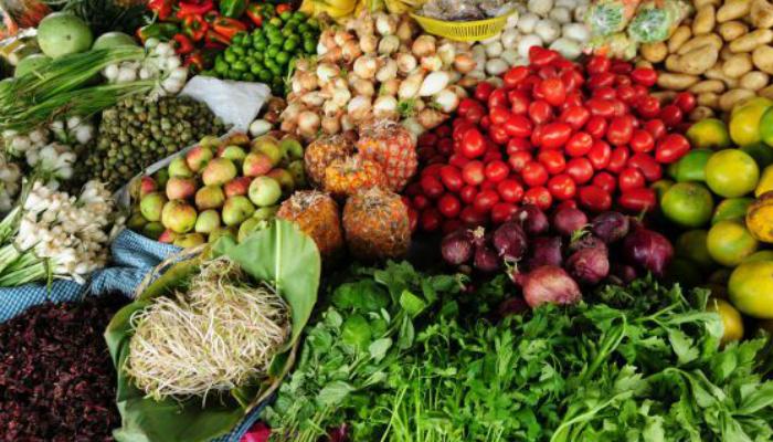 França proíbe supermercados de jogar comida no lixo e quer reduzir desperdício pela metade 2