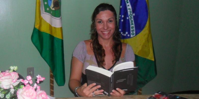 Cearense é primeira travesti a defender tese de doutorado no Brasil 1