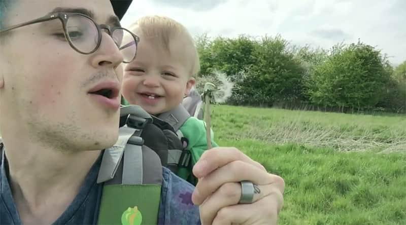 A risada maravilhosa do filho de Tom Fletcher está bombando na internet 5