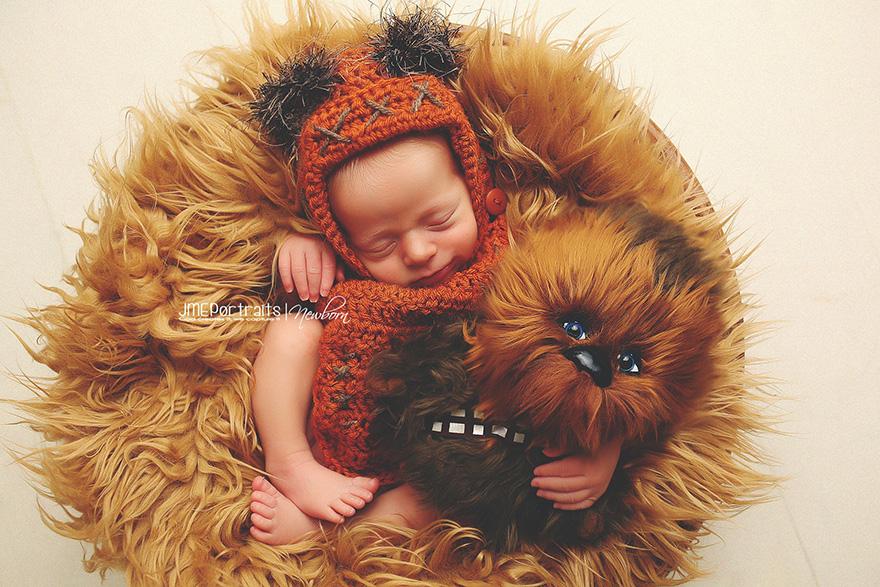 geeky-newborn-baby-photography-13__880