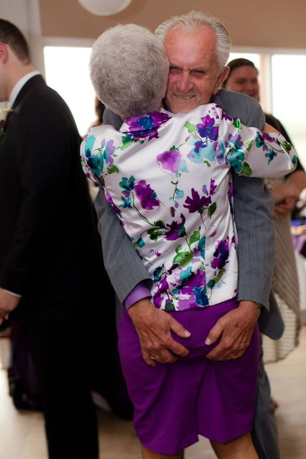 old-couples-having-fun-2__605a