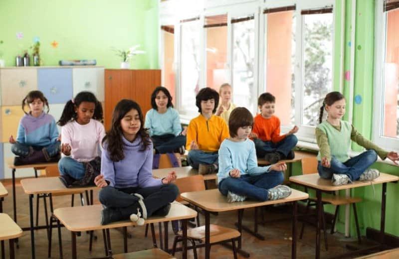 5 razões para levarmos a meditação para as escolas 1