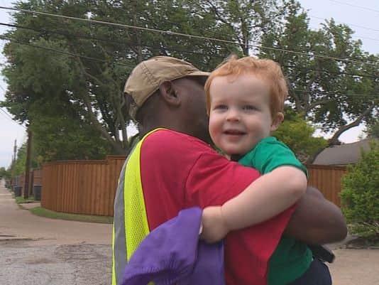 Primeiro amigo: A amizade maravilhosa de um menino de dois anos com o lixeiro de sua rua 1