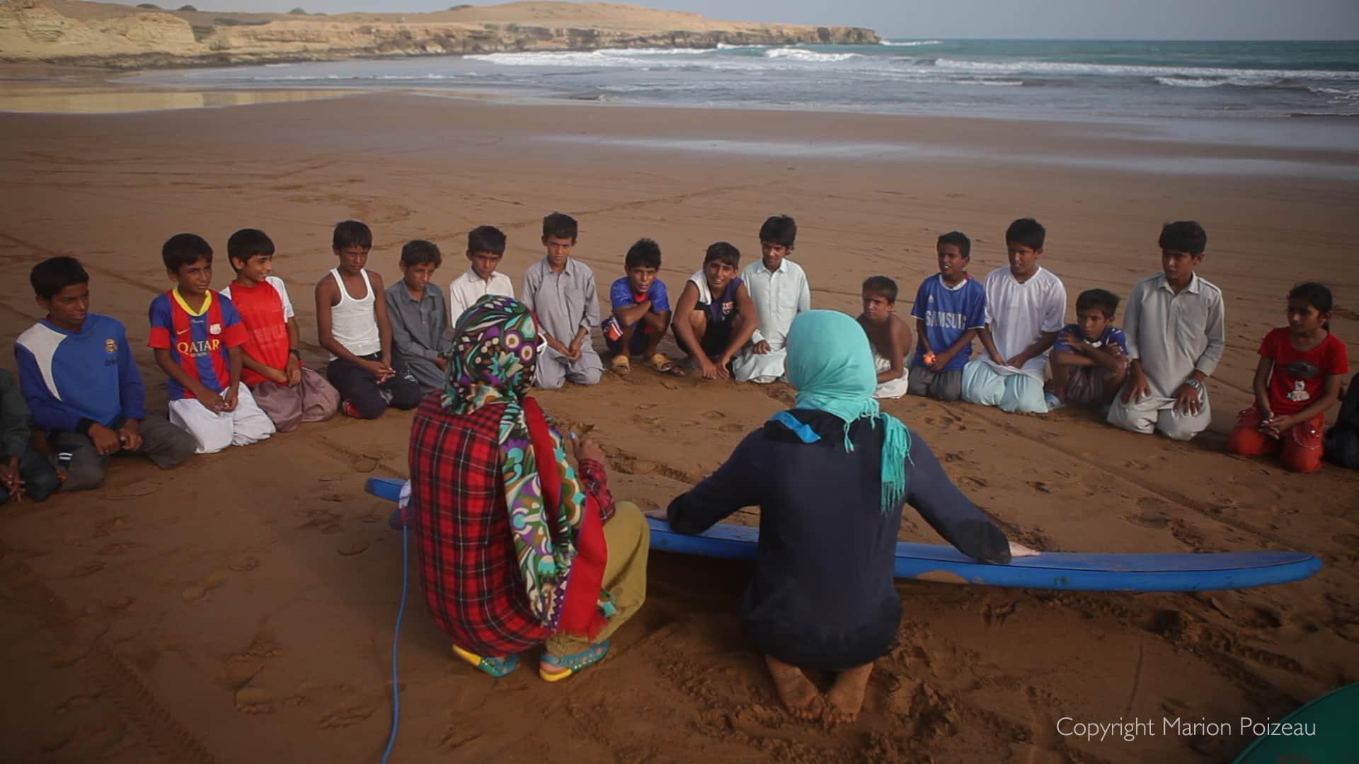 Press-image_Ramin-surf-lesson