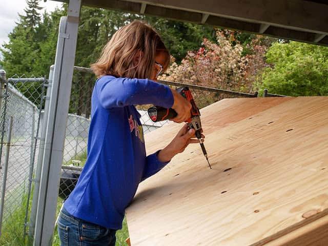 helping-homeless-shelter-9-year-old-girl-harvest-hailey-fort-2