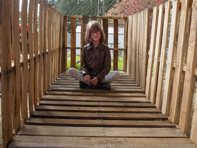 helping-homeless-shelter-9-year-old-girl-harvest-hailey-fort-8
