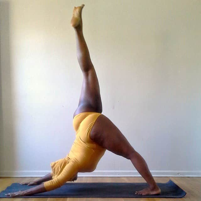 plus-sized-yoga-jessamyn-stanley-7