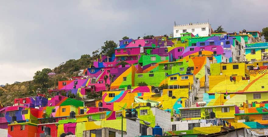 Grafiteiros pintam comunidade inteira no México e violência na região diminui 2