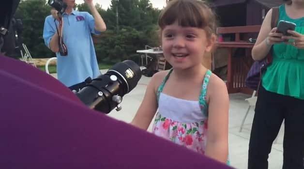 Pais criam lista de maravilhas a serem vistas antes que sua filha fique cega 2