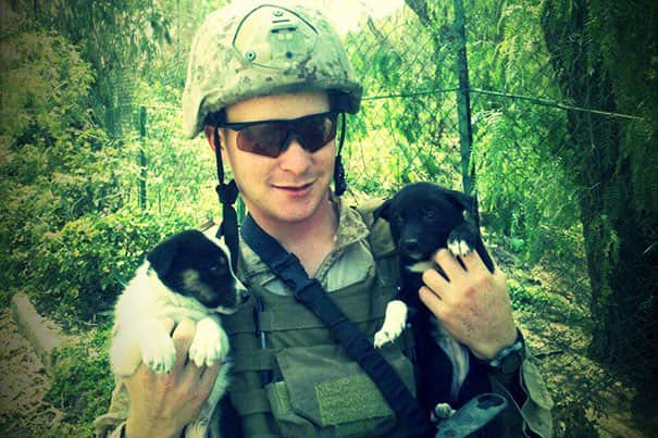 soldier-with-pet-16__605