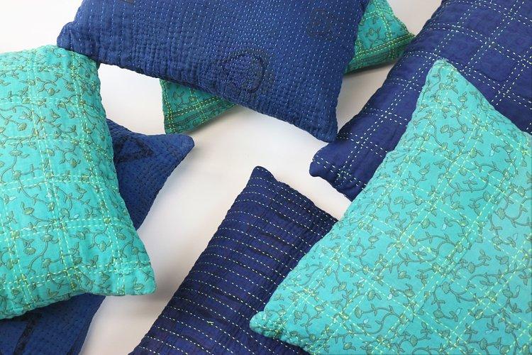 optimized-pillows_indigo_teal-jpgs750x1300