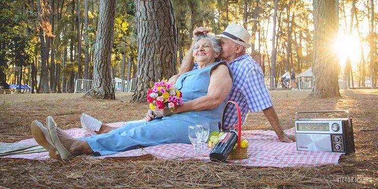 Fotógrafo faz ensaio apaixonante de casal junto há 60 anos 1