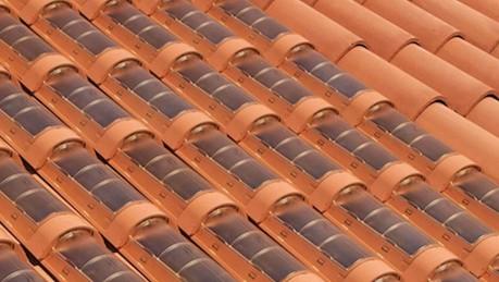 Italianos desenvolvem telha capaz de substituir placas solares 1