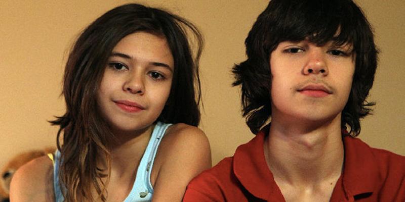 Livro conta a história de irmãos gêmeos idênticos que hoje são irmã e irmão 1