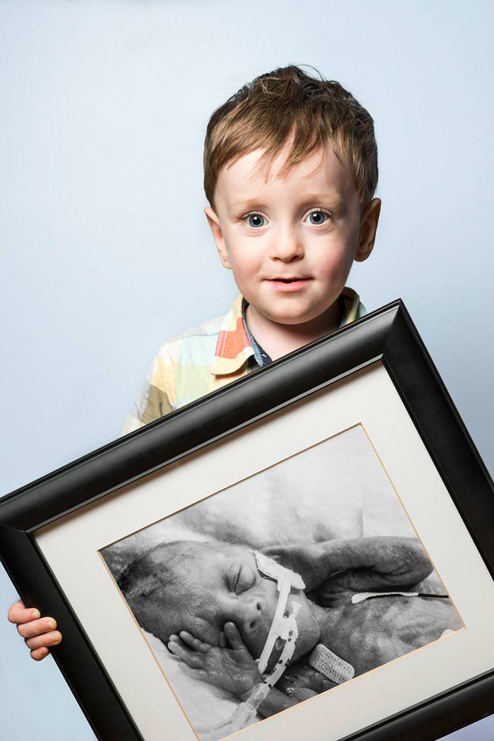 premature-baby-portraits-les-premas-red-methot-19a