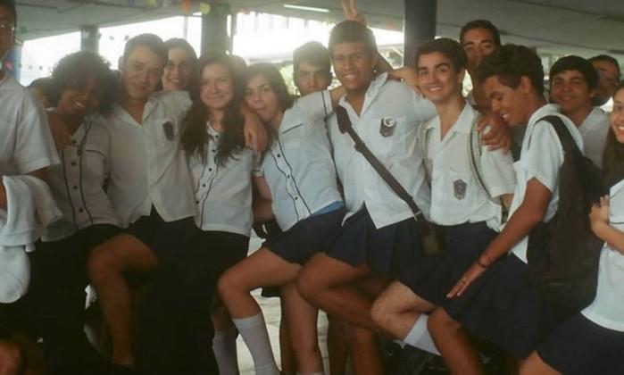 Colégio tradicional no Rio acaba com distinção de uniforme por gênero 1