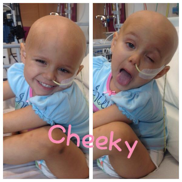 """Enfermeiras alegram dia de quimioterapia de garotinha cantando """"Let It Go!"""" [vídeo] 3"""