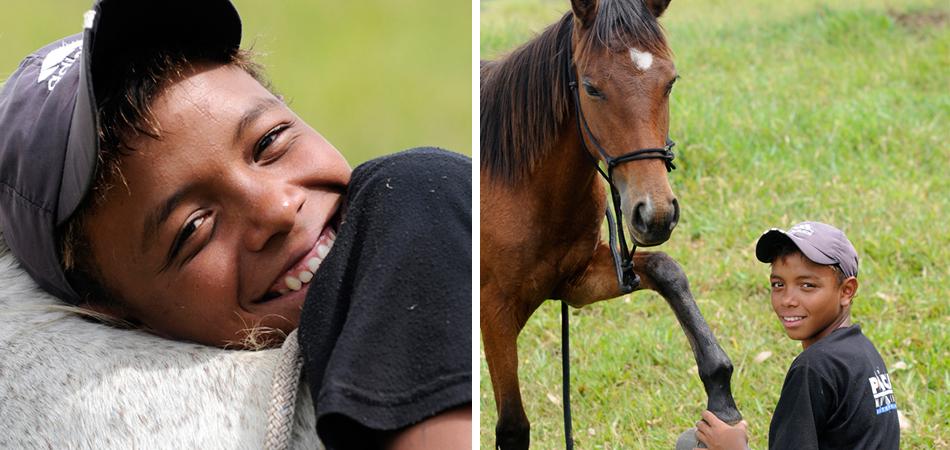 crianças órfãs vivenciam amor com cavalos