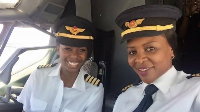 Pela primeira vez Boeing 737 é pilotado apenas por mulheres 1