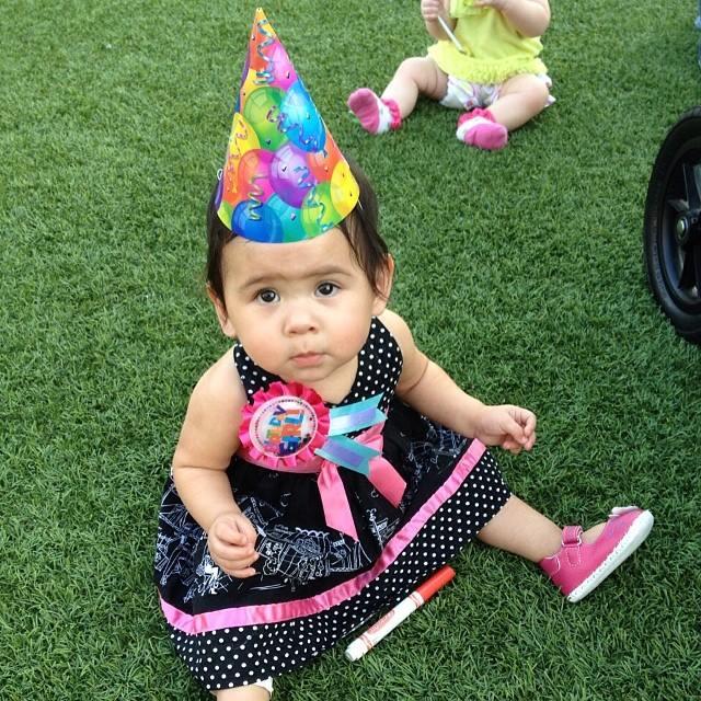 crianças de orfanato ganham festas de aniversário 3