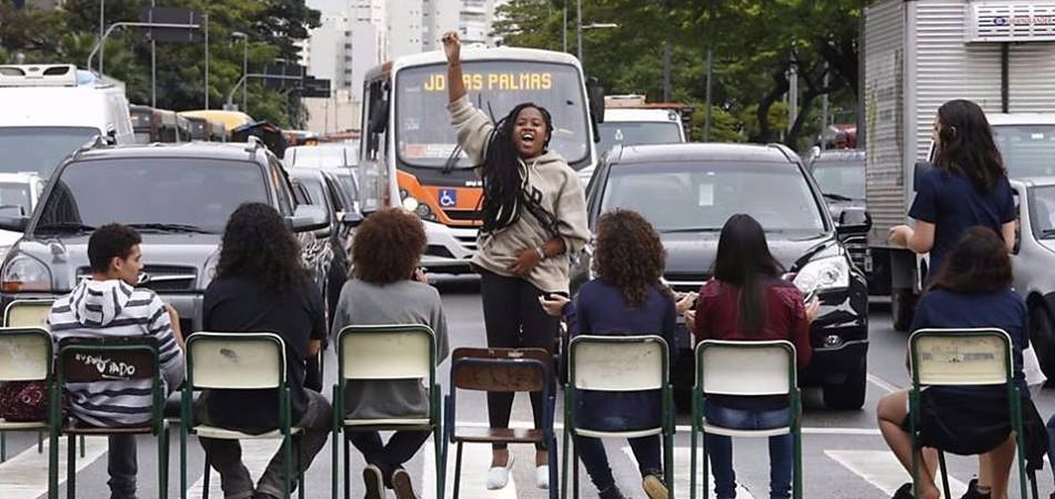 Advogados oferecem apoio jurídico a estudantes, professores e pais ocupantes das escolas de São Paulo 2