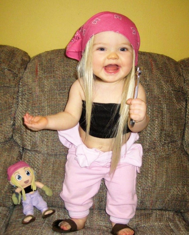 198755-650-1451240329-babies-and-look-alike-dolls-24__605