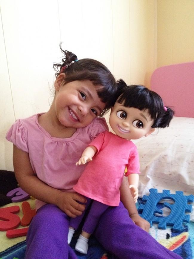 198905-650-1451240329-babies-and-look-alike-dolls-17__605