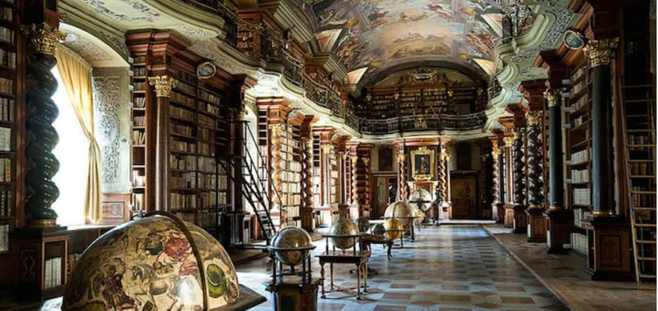 Biblioteca de 1722 em Praga é das mais belas obras arquitetônicas que você já viu 1