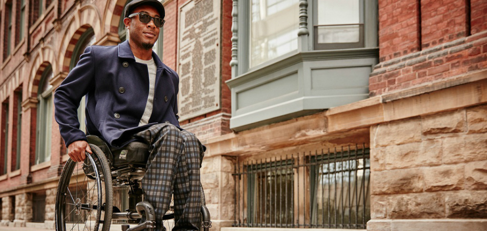Esta marca de roupa não só faz roupas para cadeirantes, promove também acessibilidade em sua comunidade 4