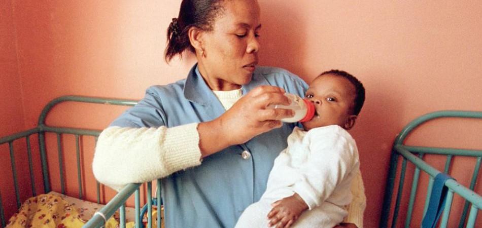 Cuba é o 1º país a erradicar casos de transmissão de HIV de mães para filhos 2