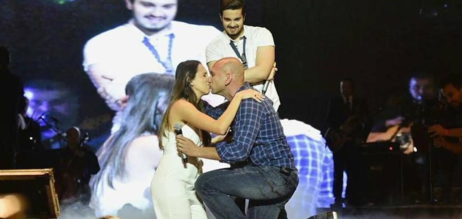 "Luan Santana embala pedido de casamento cantando ""Chuva de Arroz"" 2"