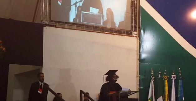 Primeiro formando negro e trans da Unb, Marcelo Caetano faz discurso emocionante 1