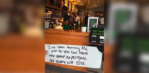 Barista do Starbucks aprende língua dos sinais só para tirar pedido de um cliente 2