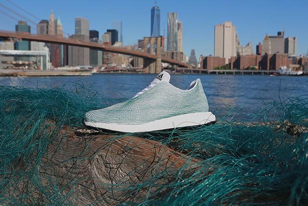 follow-the-colours-adidas-tenis-materias-reciclados-plastico-oceano-Primeknit-01