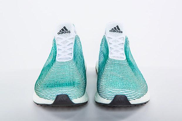follow-the-colours-adidas-tenis-materias-reciclados-plastico-oceano-Primeknit-03