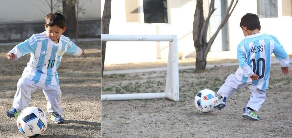 Messi envia camisas para menino afegão que improvisou camisa com sacola de plástico 7