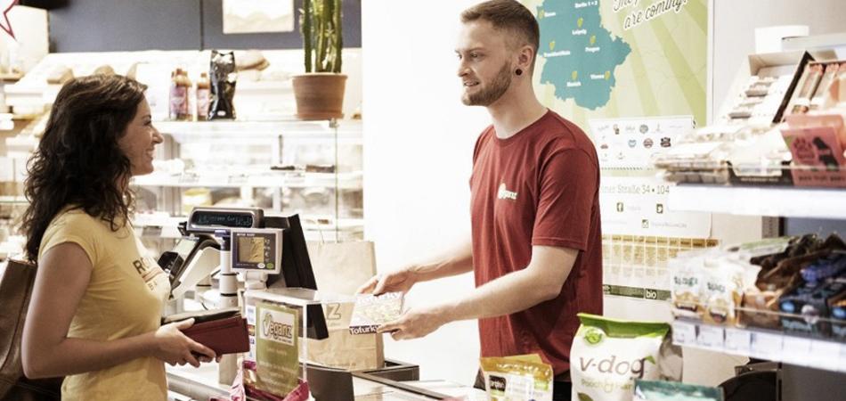 Primeiro supermercado totalmente vegano do mundo chega às Américas 2