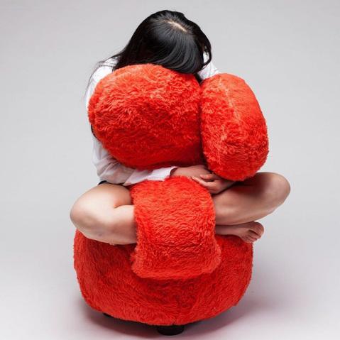 free-hug-sofa-lee-eun-kyoung-2-479x479