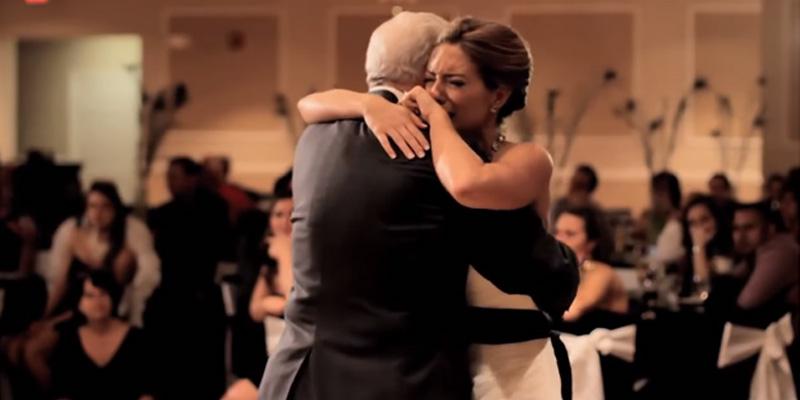 Irmão faz surpresa emocionante para noiva que perdeu o pai semanas antes do casamento 2