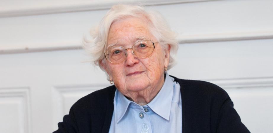 Com 91 anos, ela é a pessoa mais velha a concluir um doutorado na França 4