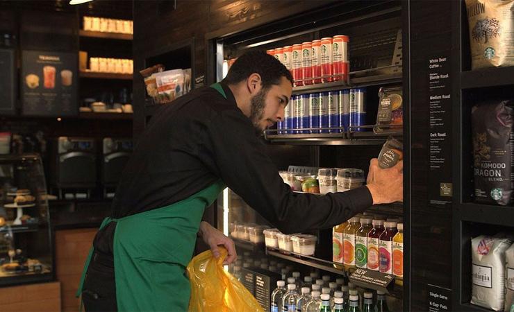 Starbucks doará toda comida não vendida para pessoas necessitadas 1