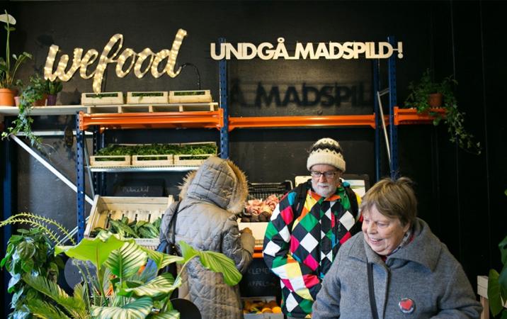 Dinamarca inaugura 1º supermercado do mundo que só vende comida vencida (com desconto) 1