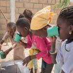 Giorgio Armani vai fornecer água potável para vítimas da tragédia em Mariana 3