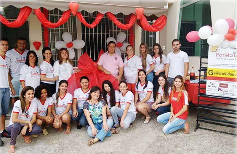 Estudantes de Votorantim (SP) abrem farmácia para distribuir remédios de graça 2