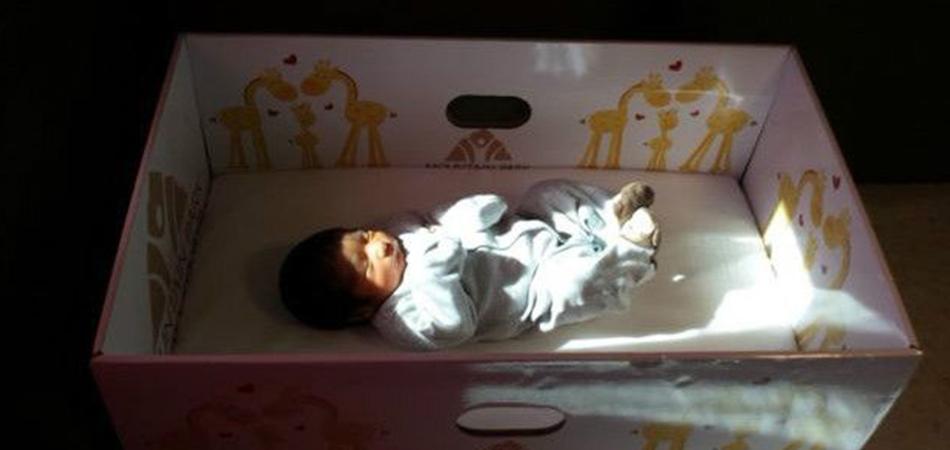 """Como uma """"simples"""" caixa de papelão está ajudando a diminuir a mortalidade infantil 2"""