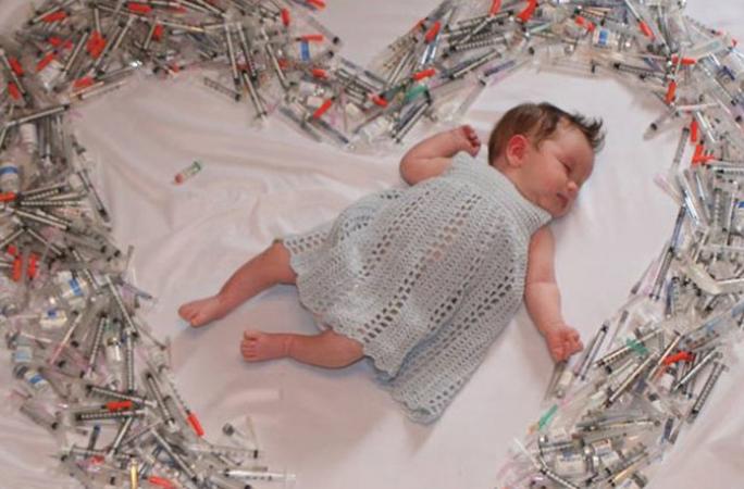 Foto de bebê nascida por inseminação comove a internet 4