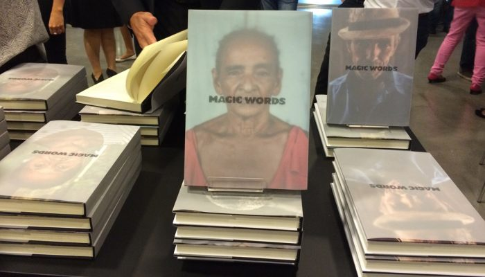 livro-magic-words1-700x400