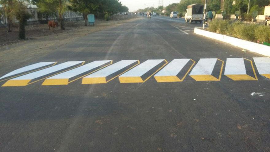 pasos-cebra-3d-regulador-velocidad-india-2