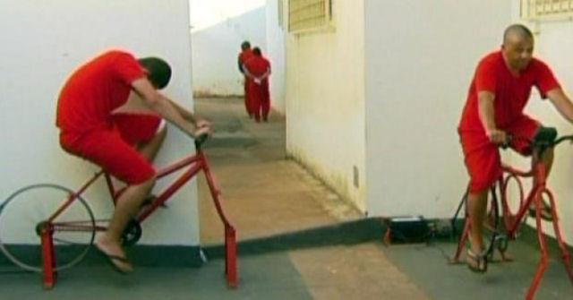 preso_pedalando_cadeia_01