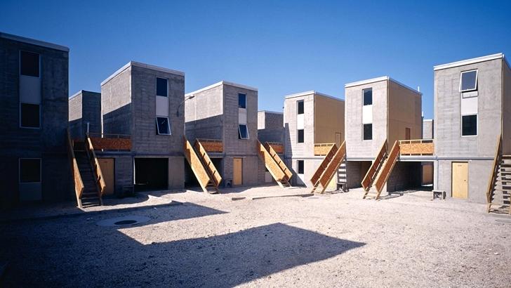 Alejandro-Aravena-Quinta-Monroy-Housing-ok-728 Nobel da Arquitetura